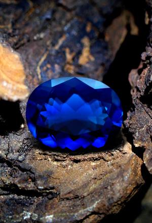 Blauer Feueropal