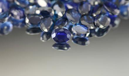 Blauer-Saphir